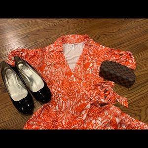 Diane Von Furstenberg dress size 12 EUC!